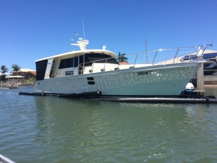 Alaska 43 – the compact with the lot