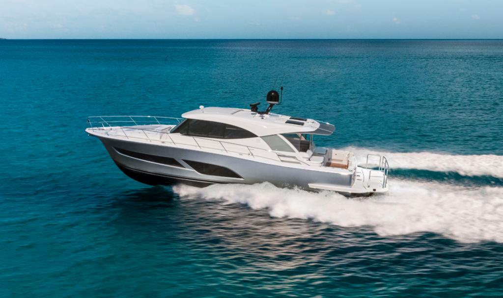 Riviera 505 SUVto headline seven-yacht displayat Miami