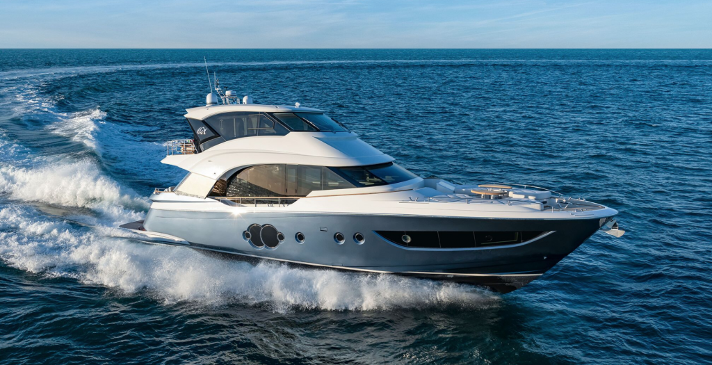 Monte Carlo Yachts announce new 70 Skylounge
