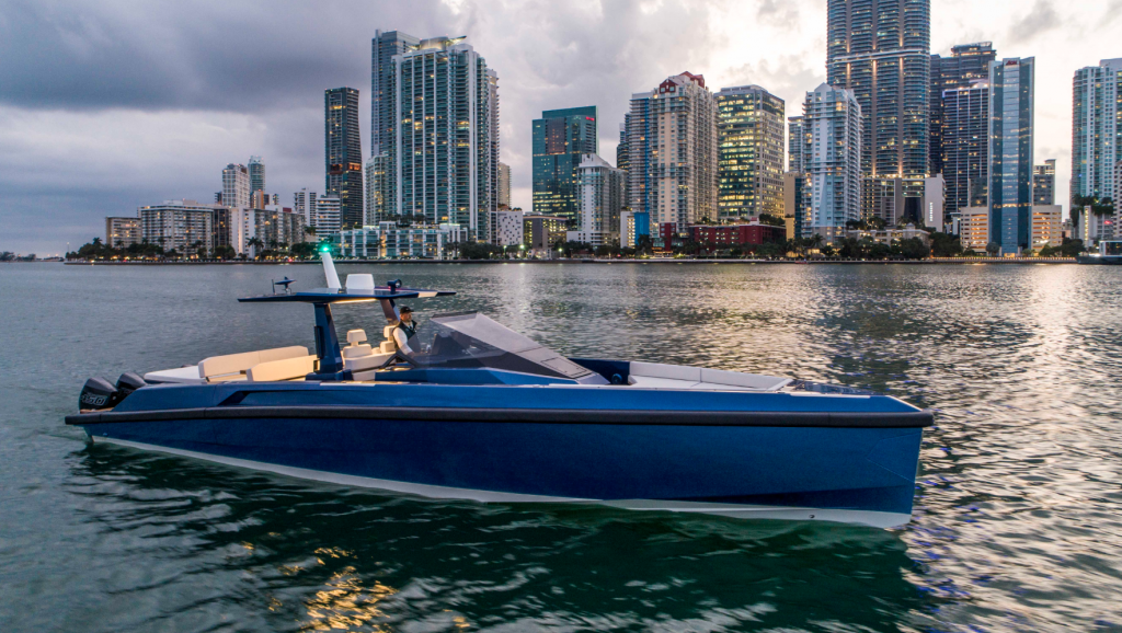 Exciting 48 Wallytender X unveiled in Miami