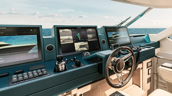 Monte Carlo Yachts unveils Assisted Docking on new MCY 76 Skylounge