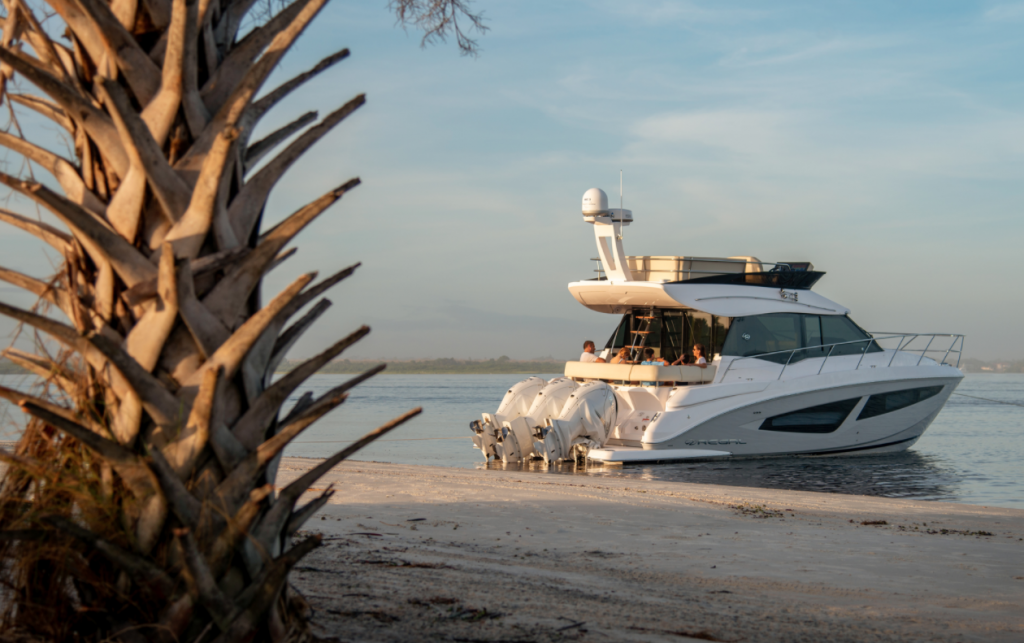 Regal unveils all-new outboard powered Flagship